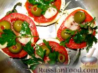 Фото приготовления рецепта: Пикантные помидоры с чесноком. - шаг №2