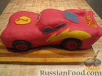"""Фото приготовления рецепта: Торт """"Машинка Маккуин"""" (Тачки) (пошагово) - шаг №27"""