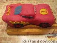 """Фото приготовления рецепта: Торт """"Машинка Маккуин"""" (Тачки) (пошагово) - шаг №29"""