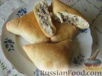 Фото к рецепту: Начинка для пирожков из курицы и грибов