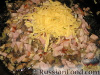 Фото приготовления рецепта: Запеканка из кабачковых и баклажанных рулетов - шаг №3