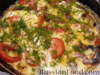Фото приготовления рецепта: Овощной омлет с грибами - шаг №5