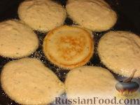 Фото приготовления рецепта: Гороховые оладьи - шаг №11