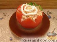 Фото к рецепту: Помидоры, фаршированные сырным салатом