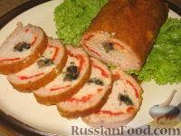 Фото к рецепту: Рулет из куриного и свиного фарша