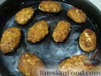 Фото приготовления рецепта: Котлеты куриные а-ля «Пожарские» с сыром - шаг №11