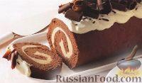 Фото к рецепту: Бисквитный рулет с мороженым