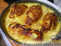 Фото к рецепту: Куриные рулетики по-французски с грибами и сыром