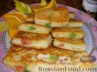 Фото к рецепту: Сырники с мармеладом